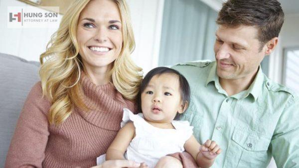 Thủ tục nhận con nuôi có yếu tố nước ngoài