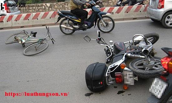 Gây ra tai nạn giao thông có được phép rời khỏi hiện trường hay không?