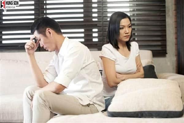 Chồng vỡ nợ có được ly hôn không?