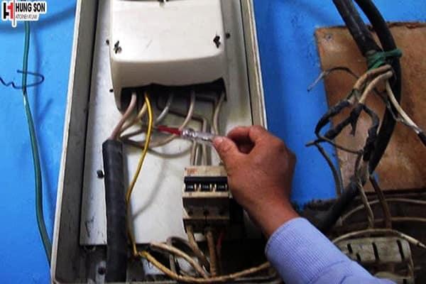 Thủ tục xử lý hành vi trộm cắp điện