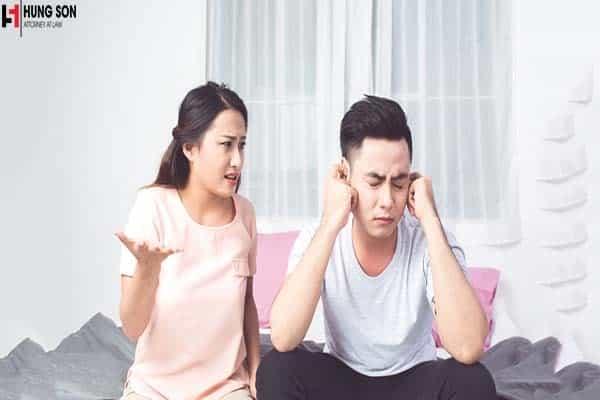 Vợ nói nhiều chồng muốn ly hôn