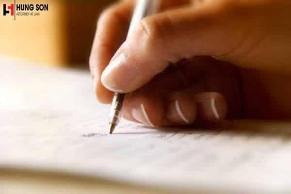 Nếu người để lại di sản là người không biết chữ làm thế nào để chia?