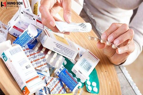Xử phạt thế nào đối với hành vi bán thuốc hết hạn sử dụng?