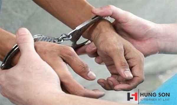 ngoại tình dẫn đến ly nhân có thể bị xử phạt hình sự