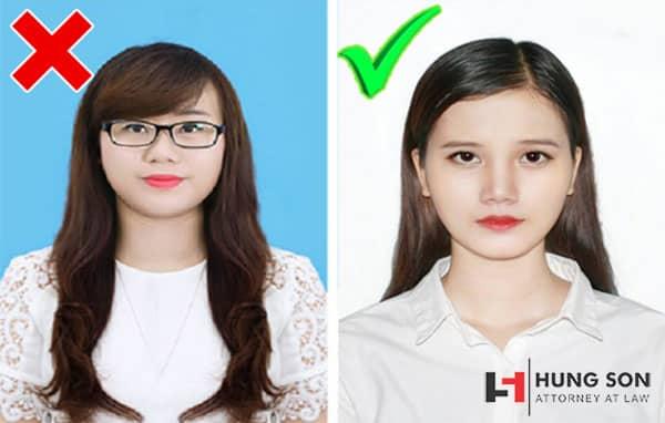 Chụp ảnh hộ chiếu nhật bản cần mặc áo trắng có cổ, phông nền trắng