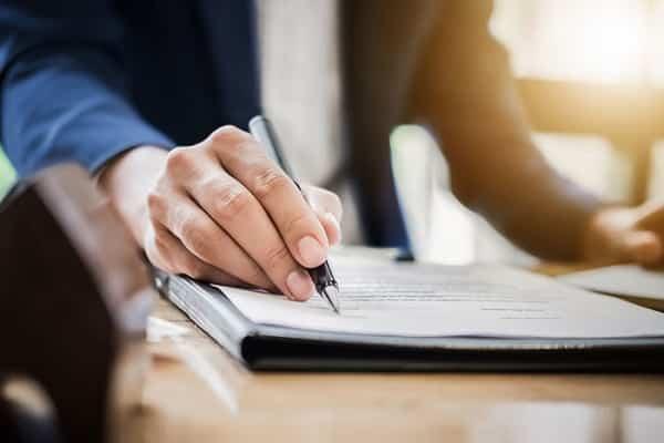 Hợp đồng khoán việc là thỏa thuận giữa 2 bên theo các giao ước nhất định