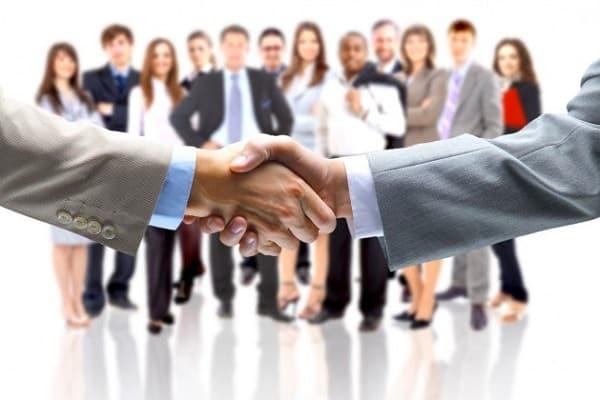 Thành viên hội đồng quản trị phải nắm giữ ít nhất 20% cổ phần của công ty