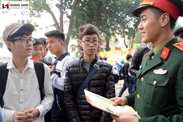 đối tượng được ưu tiên chuyển thẳng vào các trường quân đội
