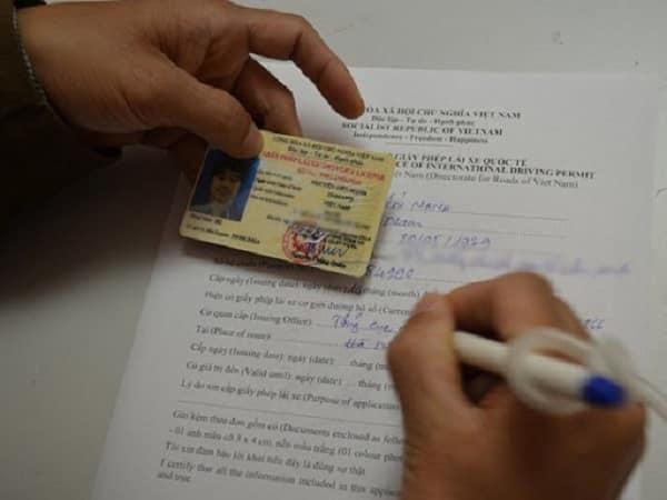 Thủ tục cấp đổi giấy phép lái xe cho người nước ngoài theo đúng quy định của pháp luật