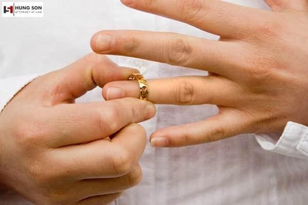 trường hợp nào vợ không được ly hôn với chồng